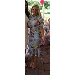 Tshirts floral midi dress with pephem